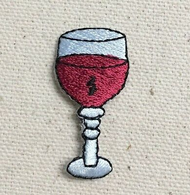 Large Glass Red Wine - Drink/Beverage - Iron on Applique/Embroidered Patch