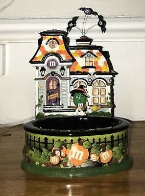 Department 56 M&M Lighted House and Candy Dish - Spooky House