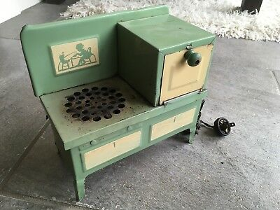 Vintage 30s Style EZ-Bake Electric Stove and Oven Toy