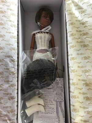 Tonner Ellowyne Wilde ~ Essential Lizette Wigged Out Full Doll NRFB