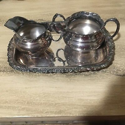 St Louis Silverplate Sugar Bowl and Creamer quadruple plate with Oneida Tray