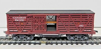 """IHC 3300 """"Old Time"""" 40' Wooden Double Deck Stock Car - Canadian Pacific 402 - HO"""