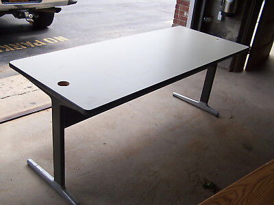 """""""used""""  6' Laminate Top/metal Legs   Utility Table - Pick Up Only! Hp6't2"""