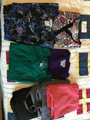 Lot of 7 medical Scrubs tops and bottoms Medium Koi Scrub Star spread good cheer