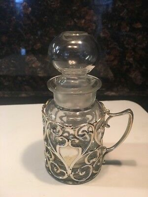 Homan Co Quad Silver Plate # 1742  Oil Bottle In Silver plate holder
