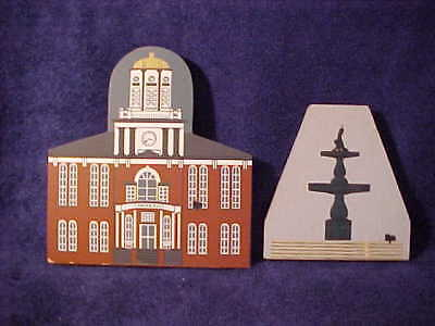 Lot of 2 wooden Shelf Sitters UNIVERSITY&FOUNTAIN Bloomsburg, Pa. Cats' Meow
