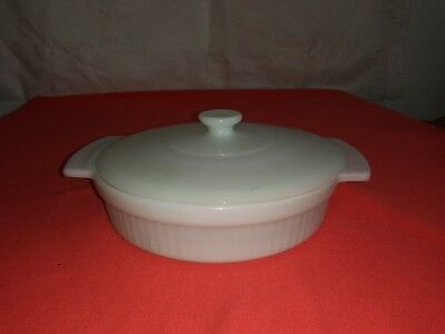 Anchor Hocking Fire King White Round Casserole Dish 1 Qt. With Lid Milk Glass