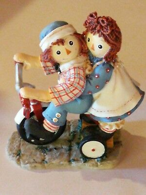 "Raggedy Ann and Andy ""Happiness Is Sharing a Cheery Smile,,,""   Enesco"