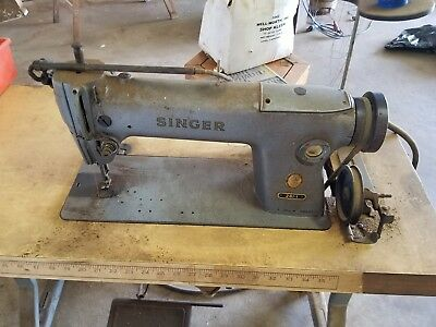 Commercial Singer Sewing Machine Upholstery Machine w Base 281-1