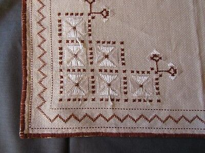 OLD Hand Embroidered Tablecloth Silk Threads 1966's Squared 40 x 40 cm