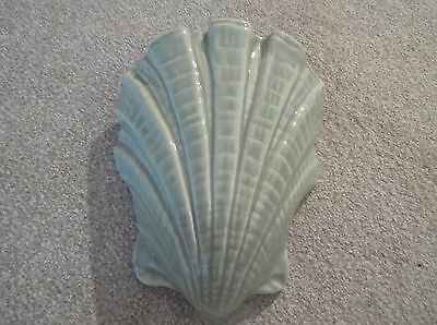 Green Wall Pocket Shell shaped in good condition