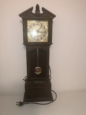 """Vintage Spartus Corporation Electric Plug In Grandfather Clock Faux Wood 23.5"""""""