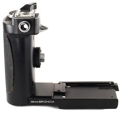 Zenza Bronica Speed Grip-E with Flash Shoe for ETR ETRC ETRS ETRSi ETR-C (OI66T)