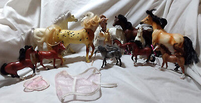 lot of 13 vintage GC Breyer horses with accessories