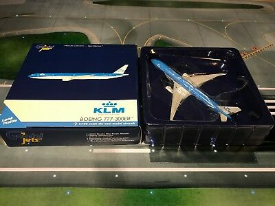Gemini Jets 1:400 KLM Royal Dutch Airlines Boeing 777-300ER Diecast Model