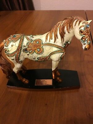 Horse Of A Different Color Carnevale 00971/10000 Collectible Figurine