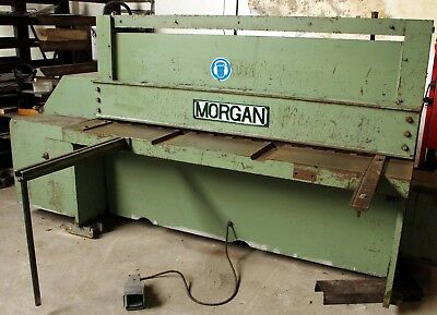 Morgan 1800 x 6 mm guillotine in good condition and working order.