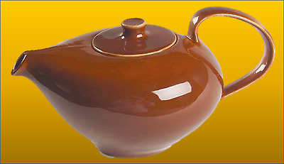 Iroquois Russel Wright Teapot, 1946