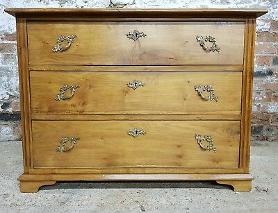 Victorian Oak Chest Of Drawers,