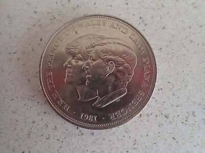 1981 Royal Wedding Of Prince Charles & Lady Diana Spencer Commemorative Crown