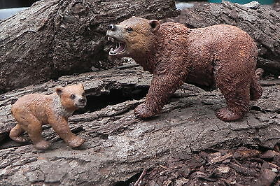 Schleich Grizzly Bear Wild Life Mother and Cub Bear Animal Figurines