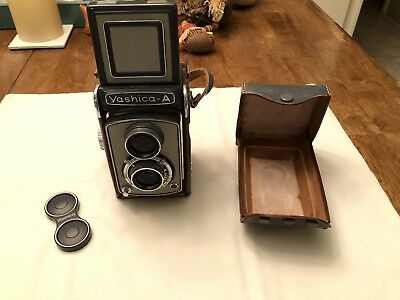 Vintage Yashica A TLR Medium Format with Gray Case - Great Condition
