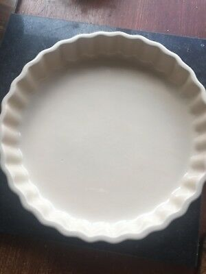 Le Creuset Blue Round Fluted Pie Dish