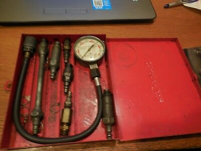 Older Snap On Compression Tester with Metal Case  Free USA Shipping!