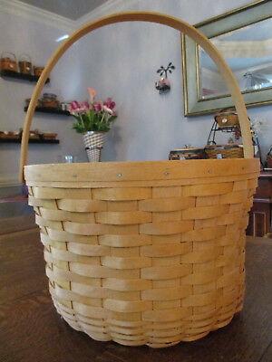 "Longaberger Apple or Large Fruit Basket - 13"" Round with Handle - Excellent"