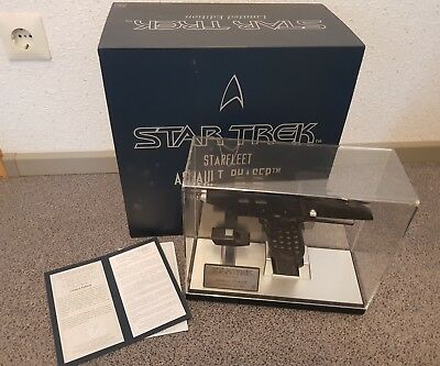 Master Replicas Star Trek Aussault Phaser