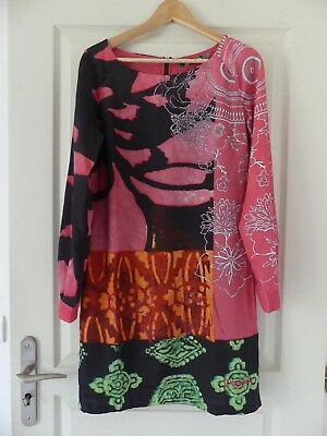 dc3dd2ee372b7 Superbe robe rainbow manches longues DESIGUAL Taille 40