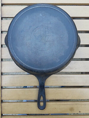 Vtg Griswold # 8 Cast Iron Skillet 704 G Erie Slant Logo Heat Ring HTF Antique