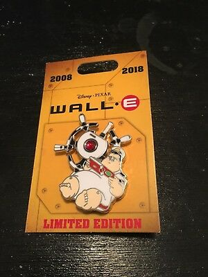 Disney 2018 Wall-E Captain McCrea Limited Edition Spinner Pin New on Card