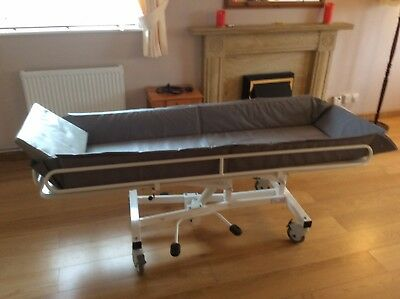 Chiller Shower Trolley Bed Shower Bench Chair Disabled Washing Lay Down Trolley