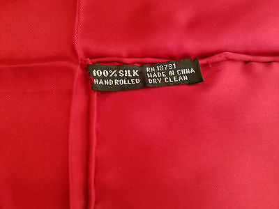 """NWOT Pocket Square Scarf All Silk Solid Red Hand Rolled Edge 17.5"""" x 17.5"""" NEW"""