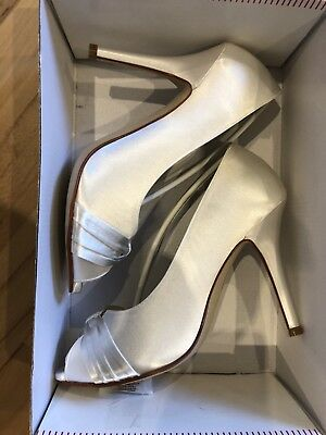 Brautschuh Kather Gr. 39,5 Ivory Satin Pump Rainbow Club