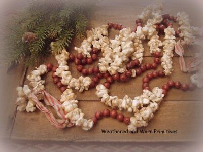 Primitive Country Faux Cranberry & Popcorn Christmas Tree Garland 9 ft. Long