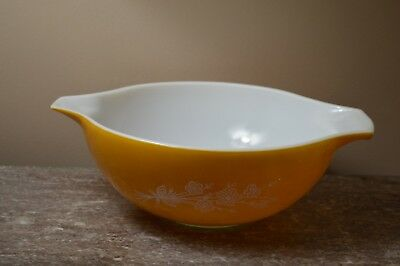 Vintage Pyrex  #444 Corning Butterfly Gold Cinderella Large Mixing Bowl