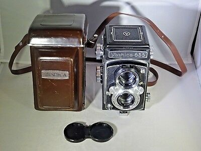 Yashica 635, f/3.5 80mm, Leather Case, Excellent+