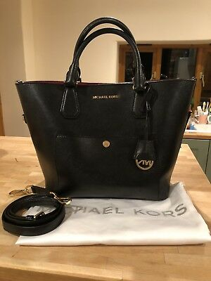 03c54c2c69 Michael Kors Greenwich Large Grab Bag Black With Pink Lining  Good  Condition
