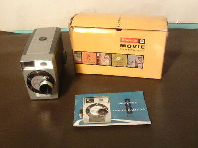 Vintage Brownie 8 movie camera f/2.7