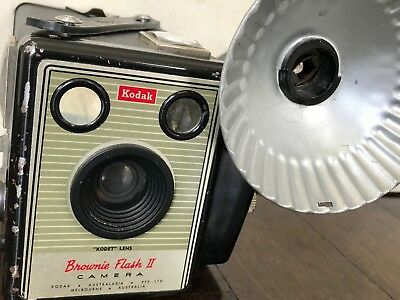Vintage Kodak Brownie Flash II Camera With Flash Holder Box Camera Australian