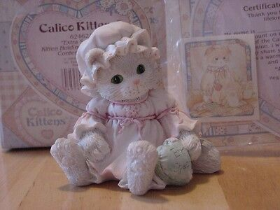 """CALICO KITTENS """"Extra Special"""" Kitty Cat Holding Heart Figurine Enesco 1993"""