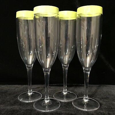 Tupperware 4 Glasses Tumblers Breeze Green Picnic Ware Champagne Flutes