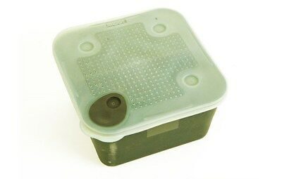 Middy Eazy Seal Bait Box 2.2 3.3 Pint Bait Container Divider Commerial Fishing