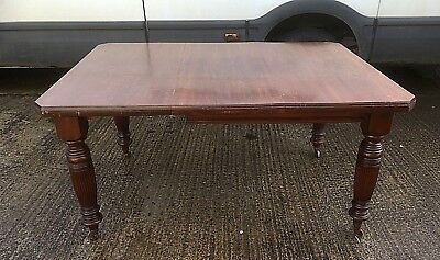 Late Victorian Extending Dining Table With One Leaf