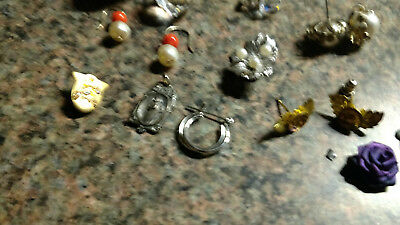 Vintage Costume Jewelry Necklaces Brooch Earrings Lot of Many