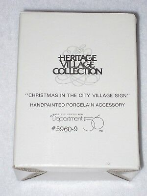 Dept 56 Christmas In The City Village Sign Heritage Village Collection 5960-9