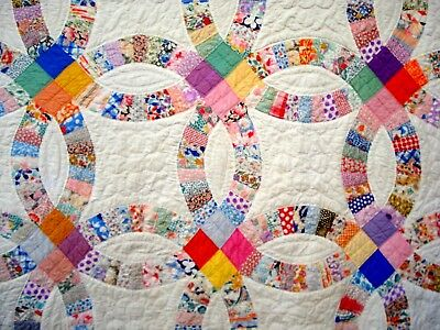 Vintage 30's wedding Ring Quilt hand quilted pastel Pink Blue