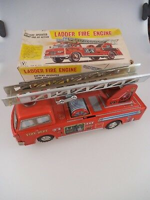 Feuerwehr Ladder Fire Engine Yonezawa Toys Japan (2314)